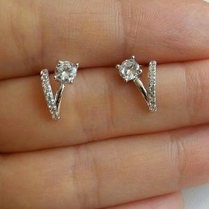 925SS Simulate Diamond V stud Earrings